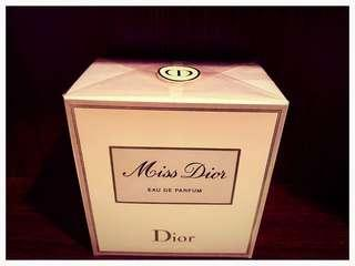 🚚 Miss Dior Eau de Parfum. 100 ml. Brand New In Box!
