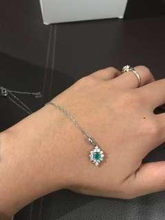 Diamond and emerald japan platinum necklace