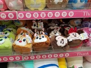 台灣代購 台灣直送 迪士尼卡通 米奇 滑鼠護手墊 公仔 護手娃娃 巴斯光年 胡迪 大眼仔 小熊維尼