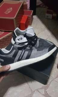 e95ef4ab1 y3 shoes 10.5