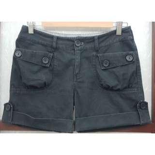 🚚 二手反折造型休閒短褲(女裝)
