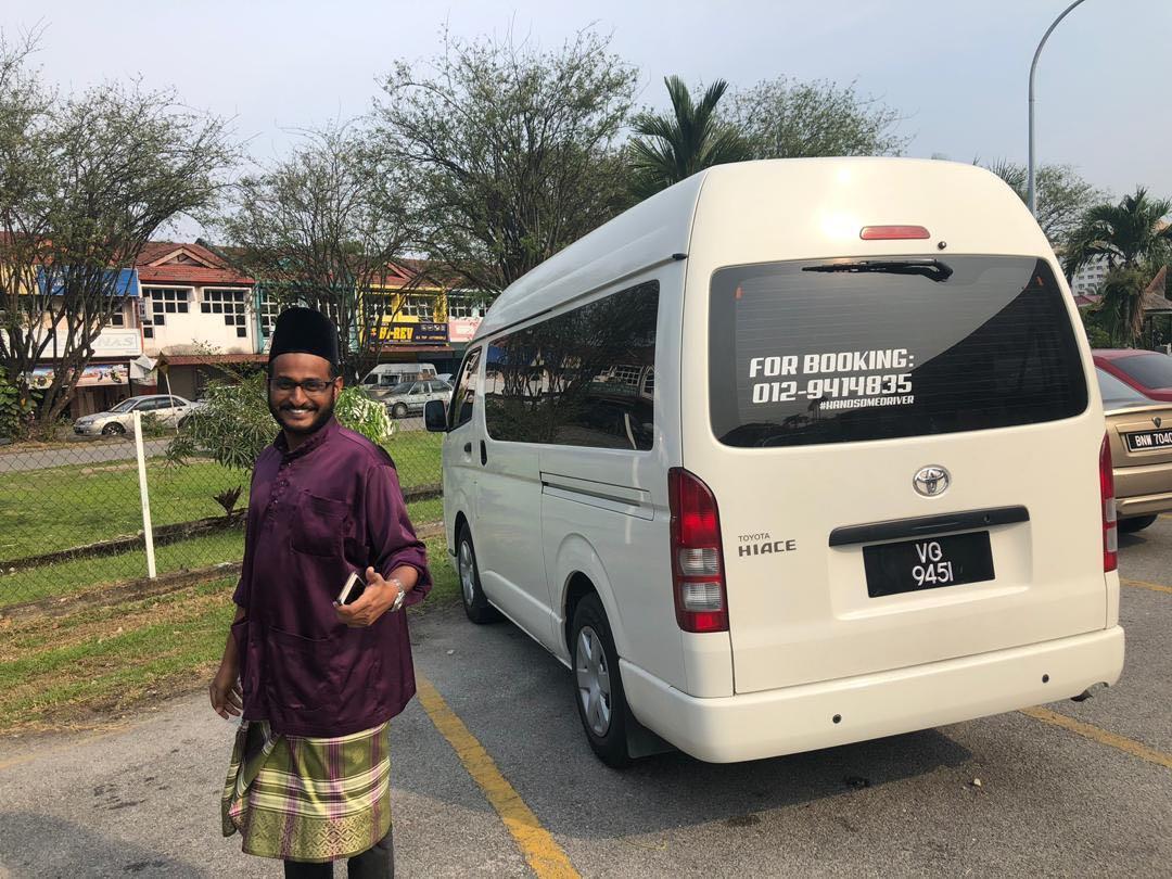 airport van / wedding van / van rombongan umrah / van rombongan kahwin / van rombongan /