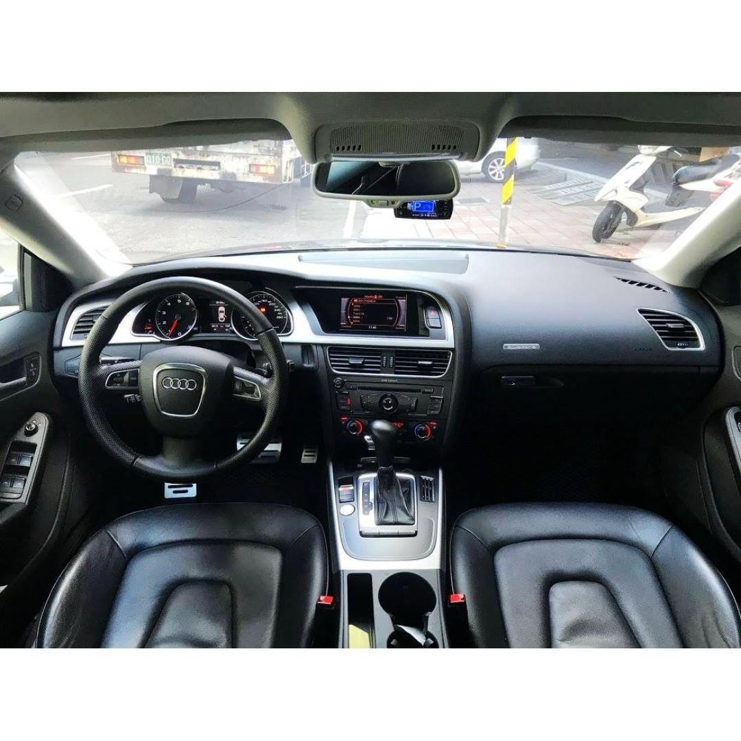 Audi  A5  Coupe  Quattro  2.0L  '10 黑