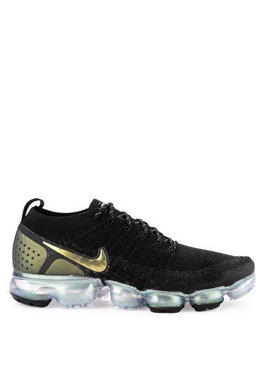 e791e0ff04b3 BNWT NIKE Air Vapormax Flyknit 2 Shoes in Black  Metallic Silver ...