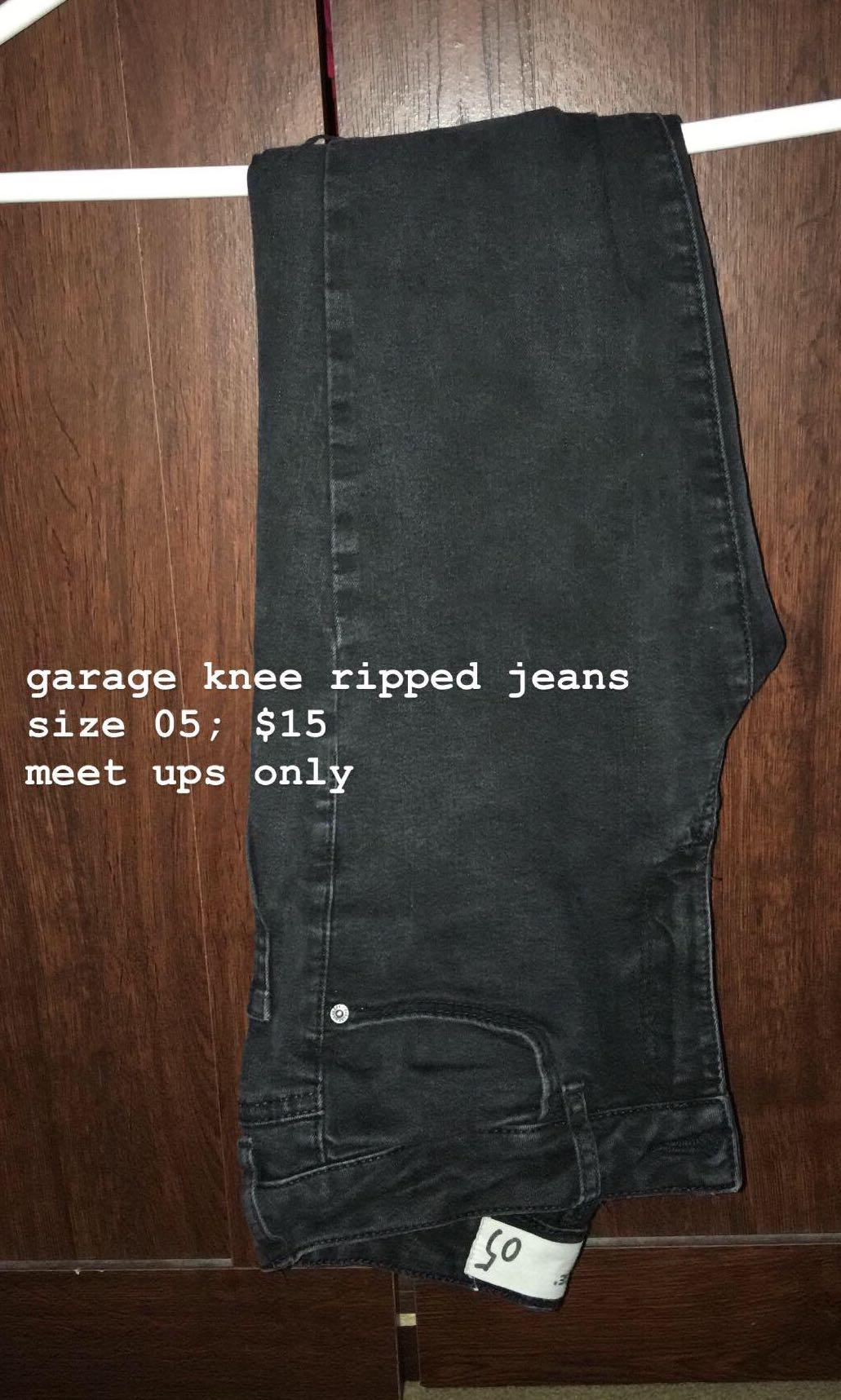 GARAGE KNEE RIPPED JEANS