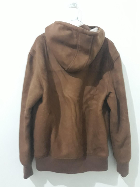 Jaket tebal cocok buat musim dingin