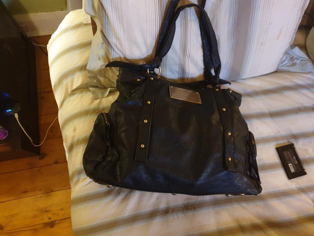 Leathar  Bag --D&G Collection