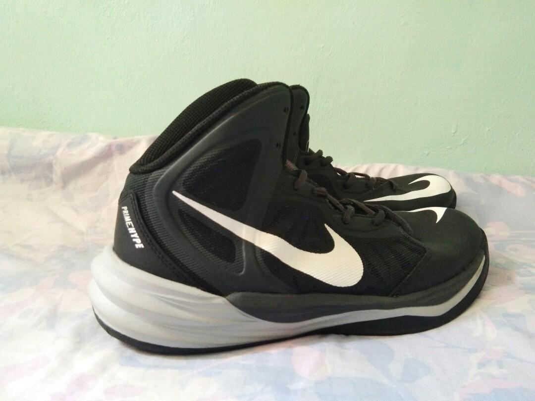 free shipping 7f5ca cf9f9 Nike Men's Prime Hype DF 2014 Basketball Shoes on Carousell