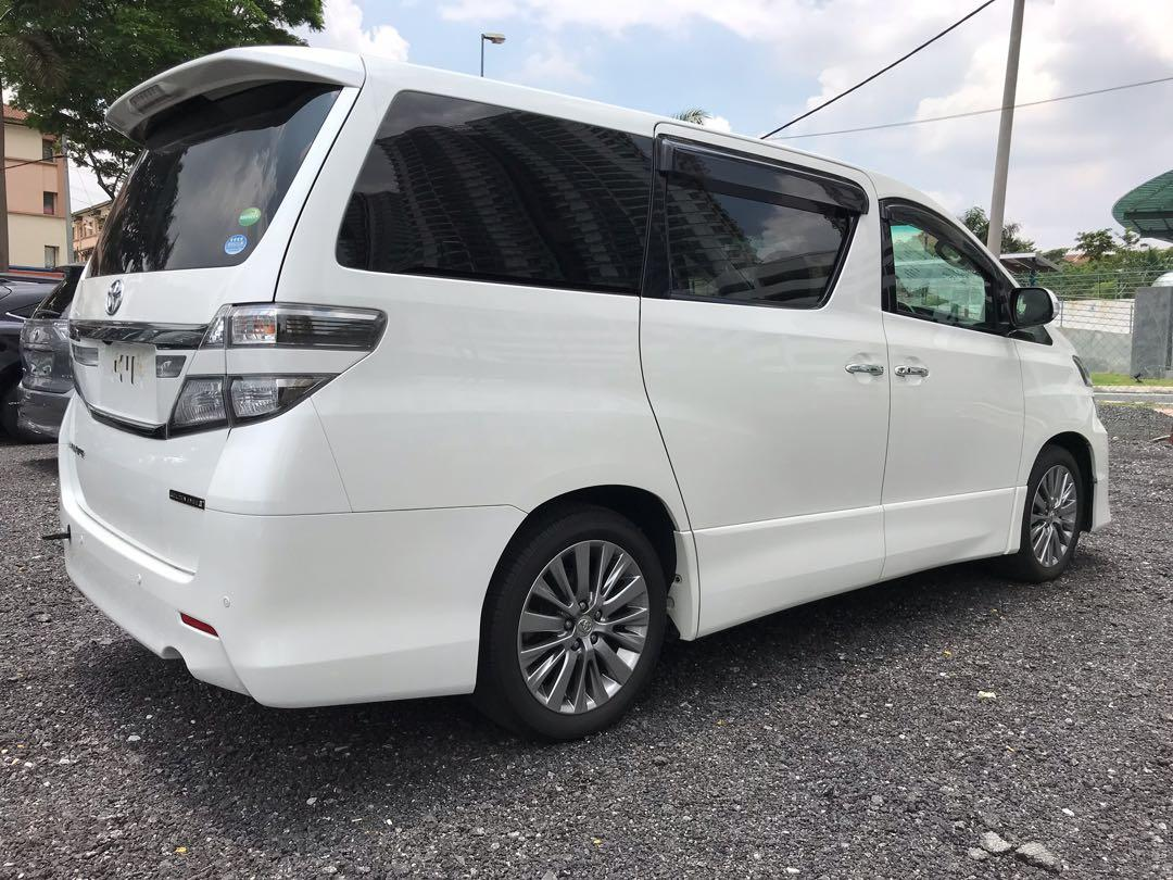 RAYA PROMO TOYOTA VELLFIRE 2.4 GE with 4 YEARS WARRANTY