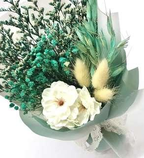 🚚 Coral Blue / Green Dried Bouquet 💐