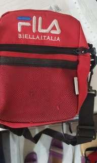 🚚 (ng版)斐樂FILA 腰包 胸包 側背包 斜背包 包包 單肩包 男女通用斜背包 運動休閒胸包 帆布包