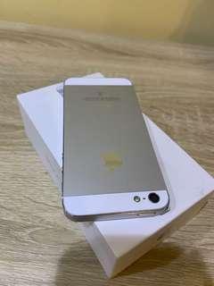 🚚 IPhone 5 16 白銀❄️  保存良好