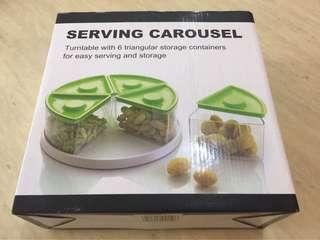 Serving carousel