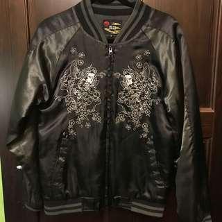 🚚 古著:罕見墨綠色袖鯉魚櫻花刺繡橫須賀外套