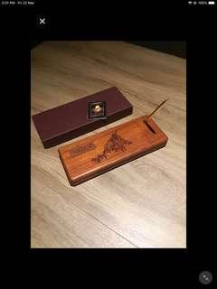 🚚 Patrick wooden pen holder customer use
