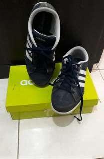 Adidas Neo navy size 9