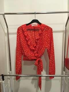 RED WRAP TIE TOP