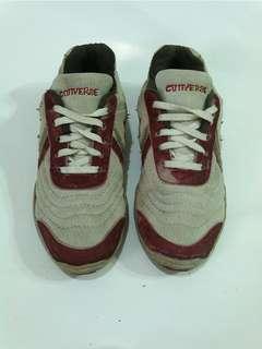 Sepatu Converse size 39
