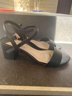 Heels size 6-7