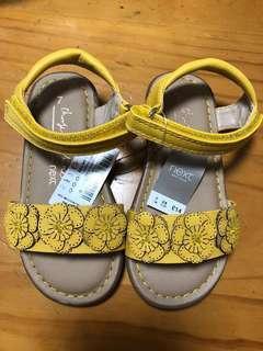英國 next baby 小朋友 / 小童 / 女童 花花 涼鞋 / sandals size UK 7 / EU 24