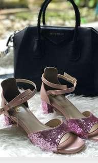 Sepatu Sendal Yongki Komaladi