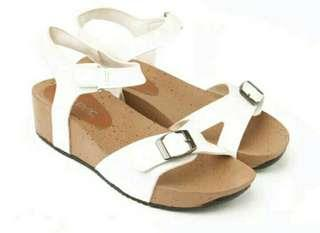 Yutaka shoes