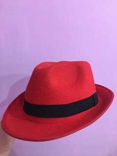Topi Fedora Merah