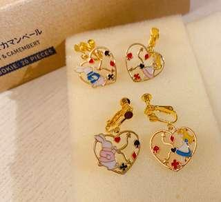 Disney Alice in the wonderland earrings 耳夾耳環