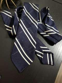 Off-White on Midnight Blue Grenadine Fina Reppe Stripe Silk Tie