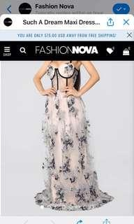 BRAND NEW-Fashion Nova formal floral dress