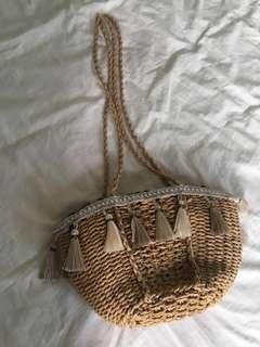 Rattan straw sling bag