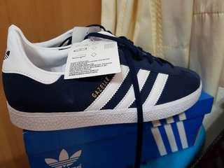 🚚 BNIB Adidas Gazelle Navy Sneakers Shoes not Puma Fila Nike Under Armour FBT Reebok Decathlon