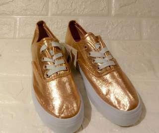 Sepatu Kets Rose Gold