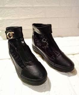 Sepatu Bordir Boots