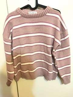 粉絲條紋針織上衣