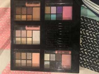 Chi chi eyeshadow and blush palette+lipgloss