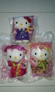 Hello Kitty hello Daniel Macdonald's wedding stuff toy marriage