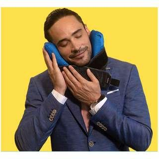 CORI Travel Pillow Grey/Blue – World's 1st Customisable Travel Pillow The Adapts To You!