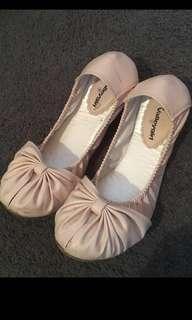 Valley girl pink flat shoe