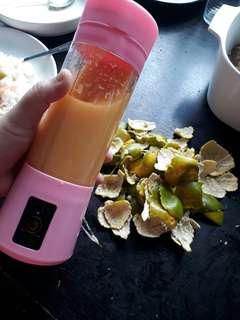 Portable Rechargeable Personal Blender Juicer