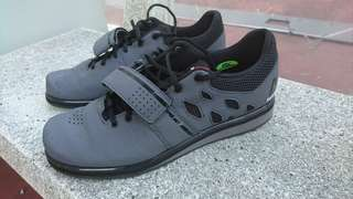 68bde968087a3f weightlifting shoes   Men's Fashion   Carousell Singapore