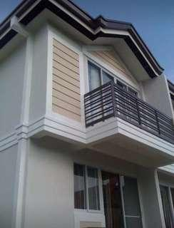 Fully Furnished Unit w/ parking at Hampton Tagaytay
