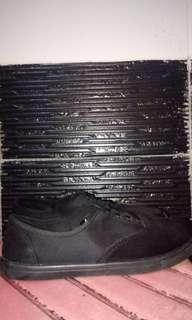 RUBI SNEAKERS FULL BLACK