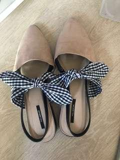 🚚 Pull and bear bow slip on shoes