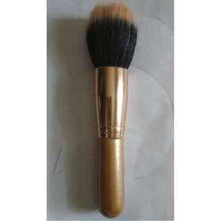 #FREEongkir Large duo fibre flat brush MAC