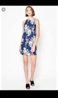 🚚 LAB Kyete Floral Shift Dress