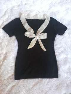 Ribbed bow top