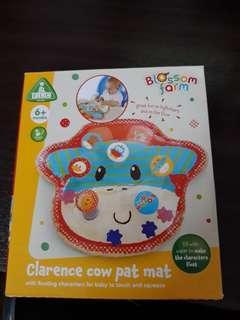 Clarence Cow Pat Mat