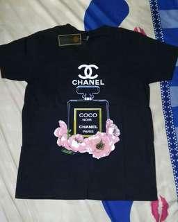 Kaos atau baju chanel ..new masih ada tag