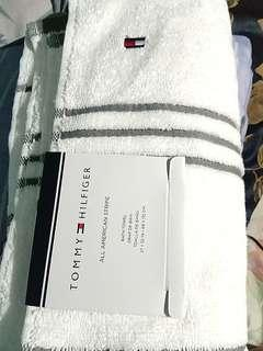 Repriced Towel tommy hilfiger